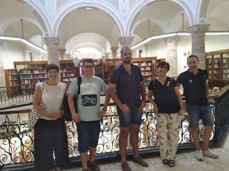 Acte de signatura del conveni marc de col·laboració entre Amical Wikimedia, Wikimedia España i el Col·legi de Bibliotecaris i Documentalistes de la Comunitat Valenciana 07