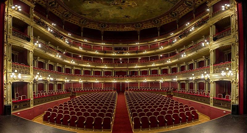 Archivo:Teatro Romea Interior.jpg